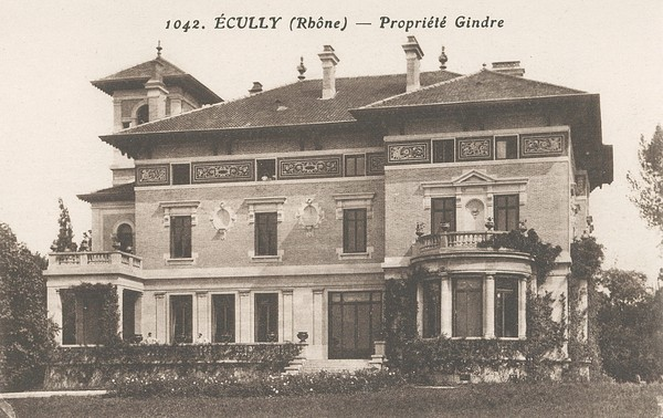Ecully (Rhône) : Propriété Gindre