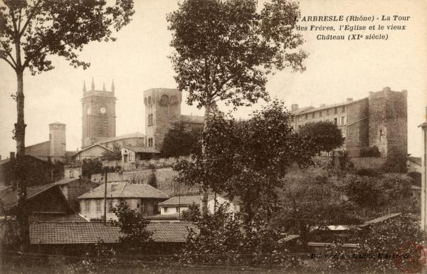 L'Arbresle (Rhône) : La tour des Frères, l'église et le vieux château (XIe siècle)