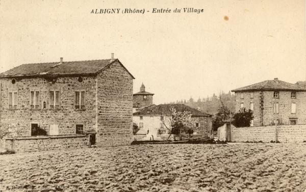 Albigny-sur-Saône (Rhône) : Entrée du village