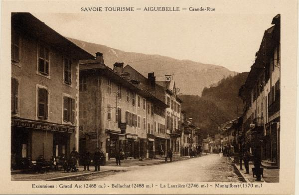 Savoie Tourisme : Aiguebelle ; Grande-Rue