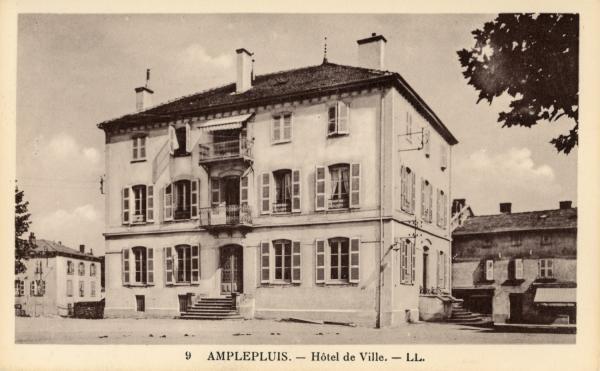 Amplepuis (Rhône) : Hôtel de Ville