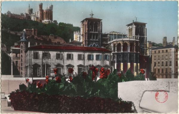 Lyon : Cathédrale Saint-Jean ; Colline de Fourvière