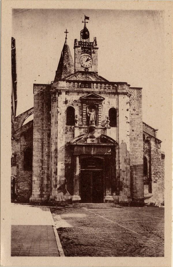 Bourg-Saint-Andéol (Ardèche) : Façade de l'Eglise