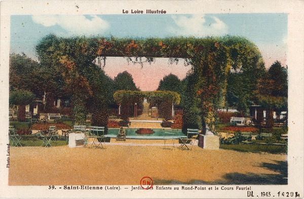 Saint-Étienne (Loire) : Jardin des enfants au Rond-Point et le Cours Fauriel