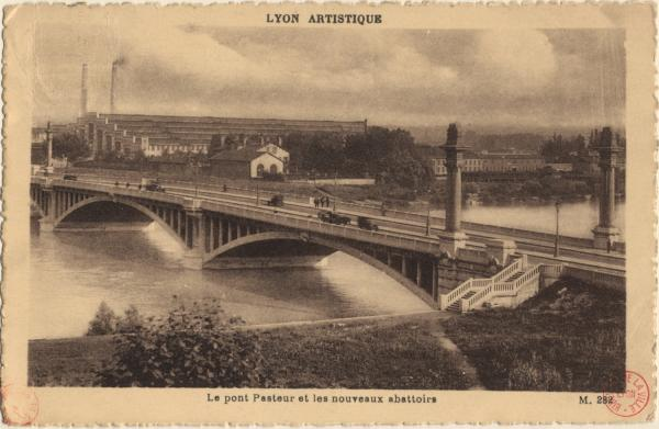 Lyon artistique : Le pont Pasteur et les nouveaux abattoirs