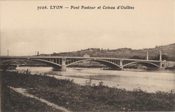 Lyon : Pont Pasteur et Coteau d'Oullins