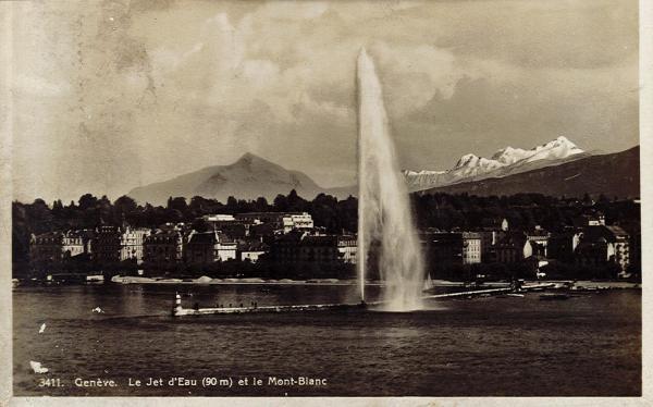 Genève - Le Jet d'eau (hauteur 90 m.)et le Mont-Blanc