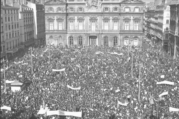 Manifestations, grèves et défilés
