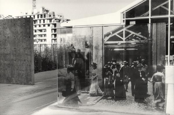 Rue du Premier-film : entré du hangar du Premier-film