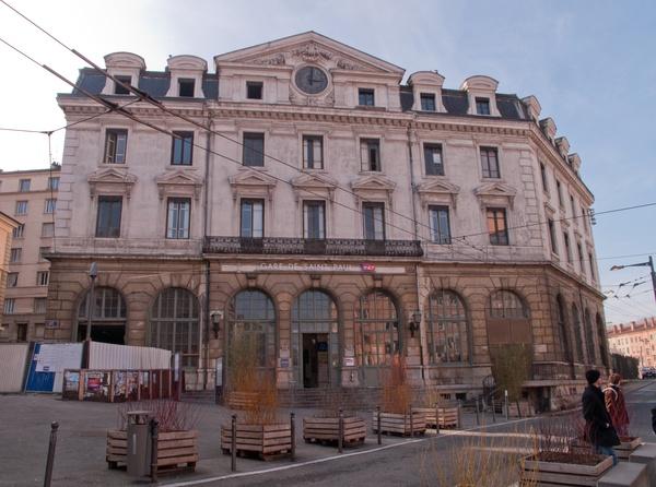Place Saint-Paul et la Gare Saint-Paul