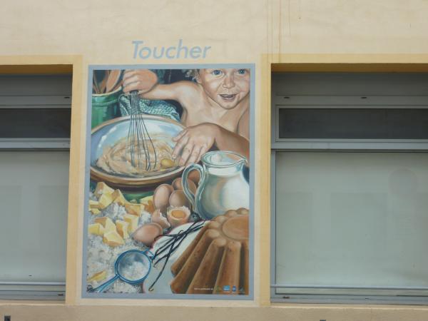 La Fresque des Desserts : Toucher