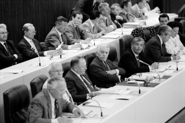 [Conseil de la communauté urbaine de Lyon : séance du 9 mai 1989]
