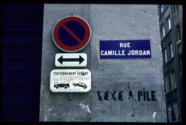 Rue Camille Jordan, sexe à pile