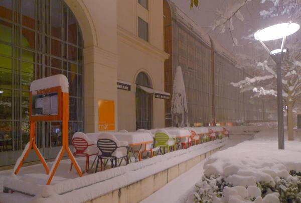 Circuit insolite... 27/42 : Le café du musée sous la neige
