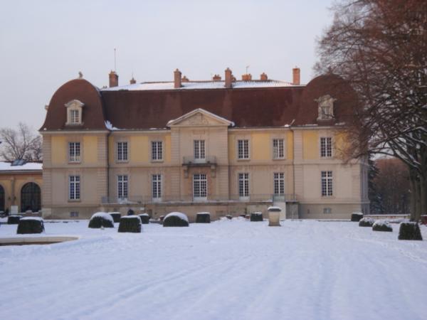 Parc de Lacroix-Laval sous la neige