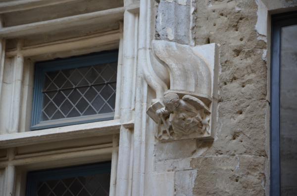 La Maison des Têtes à Valence