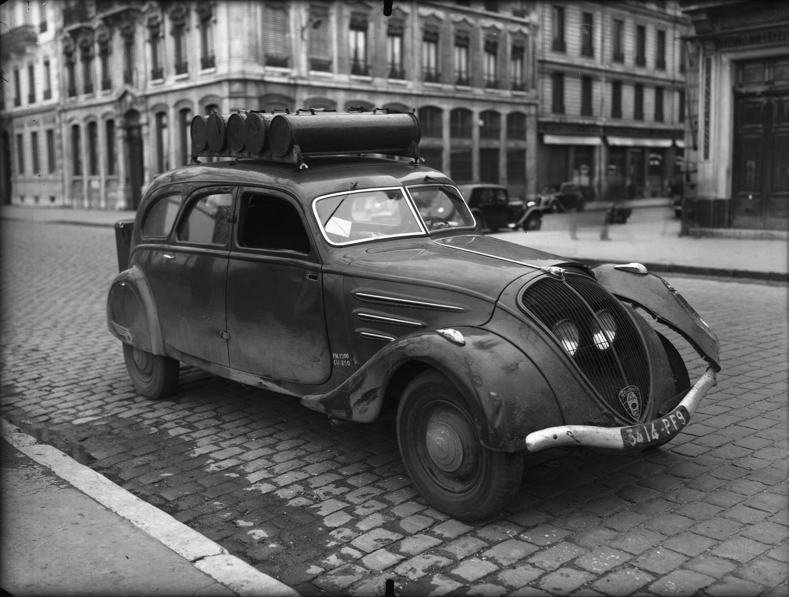 photographes en rh ne alpes voiture peugeot 402 gazog ne. Black Bedroom Furniture Sets. Home Design Ideas