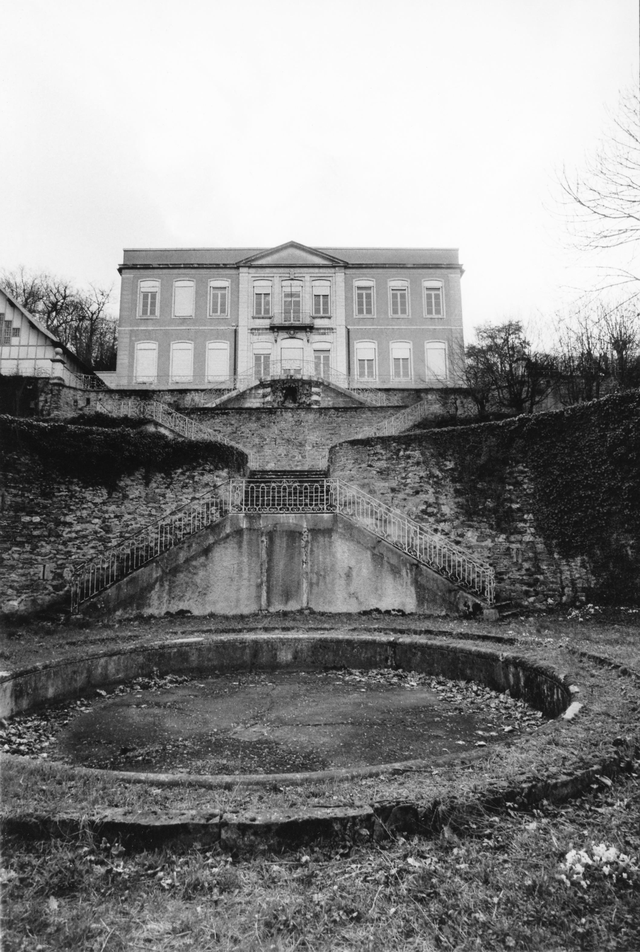 Photographes en rh ne alpes domaine de la rivette for Caluire piscine municipale