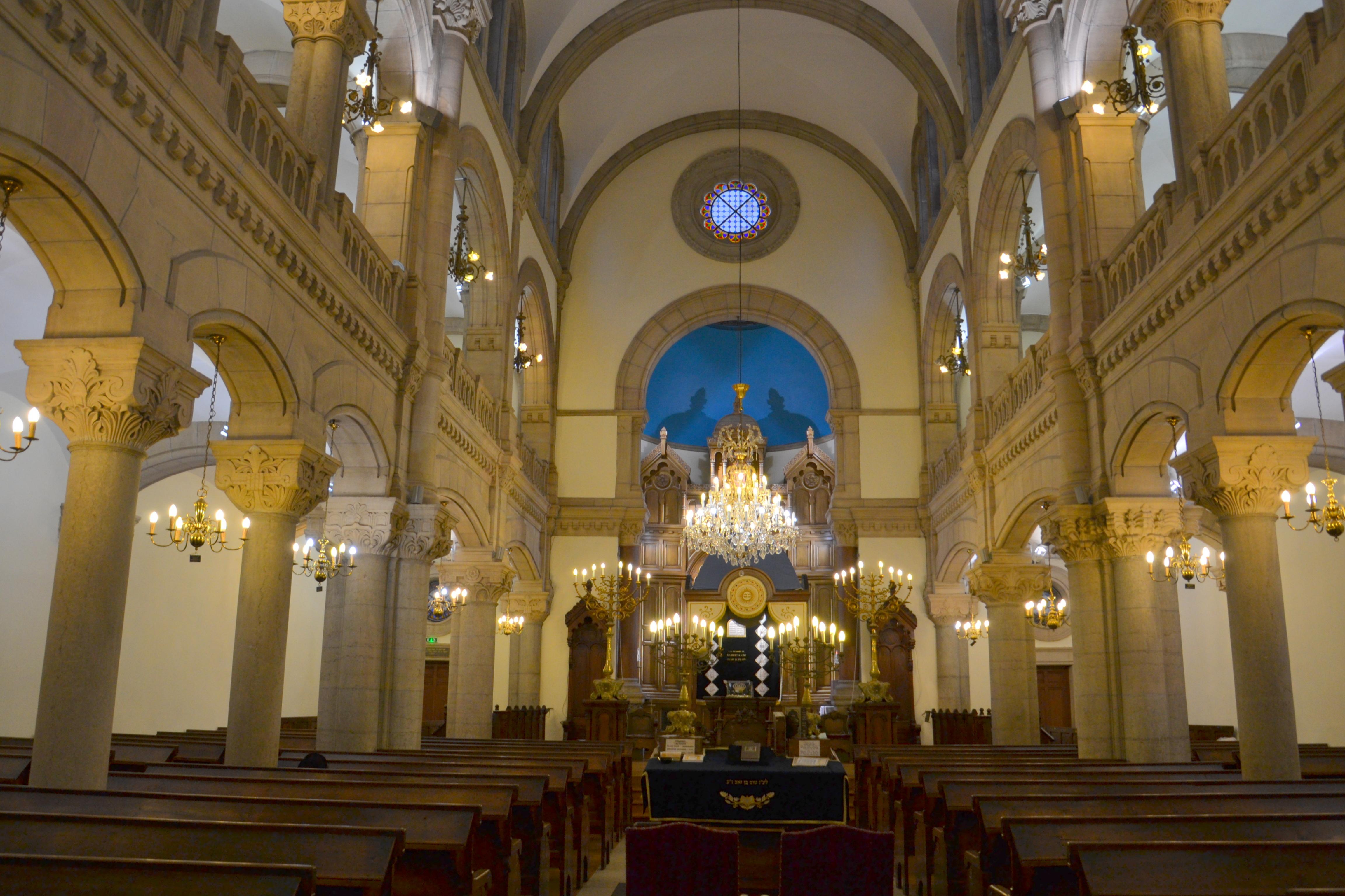 Photographes en rh ne alpes la grande synagogue for Vol interieur israel
